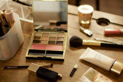 An Evening Makeup Look with Harry Makes it Up & Estée Lauder | AD