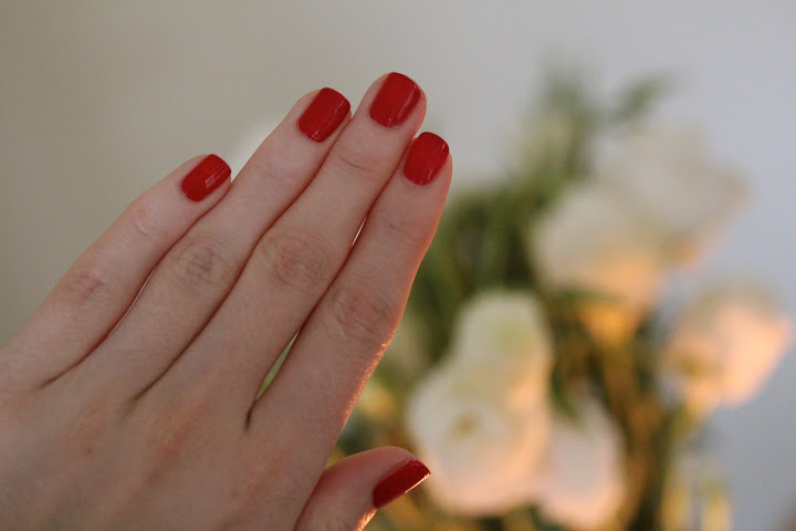 One Stop Red – Essie's Aperitif
