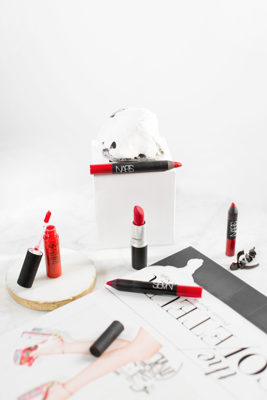 theannaedit-red-lipstick-picks-nars-velvet-matte-lip-pencils-mac-ruby-woo-nyx-soft-matte-lip-cream-january-2017-4
