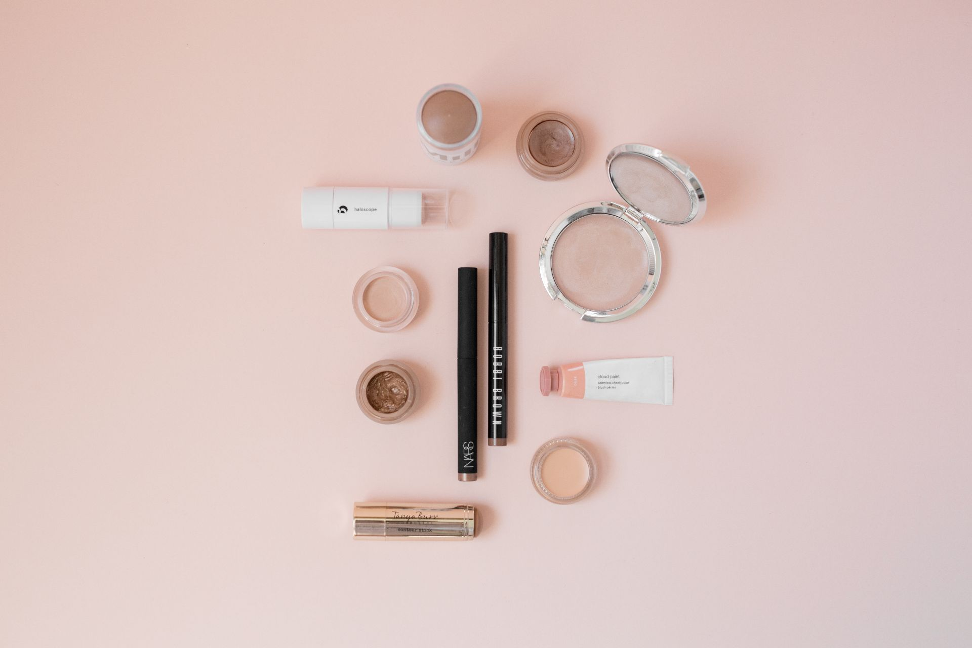 theannaedit-summer-creamy-makeup-beauty-picks-tanya-burr-bobbi-brown-itcosmetics-swatches-july-2017-1