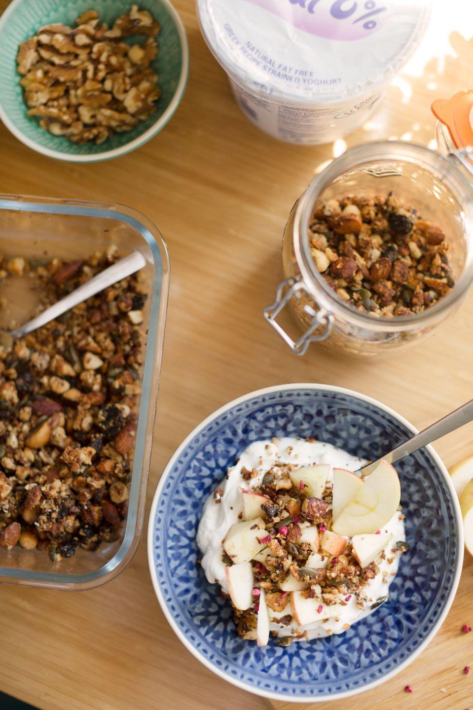 theannaedit-morning-breakfast-granola-recipe-healthy-paleo-august-2017-6