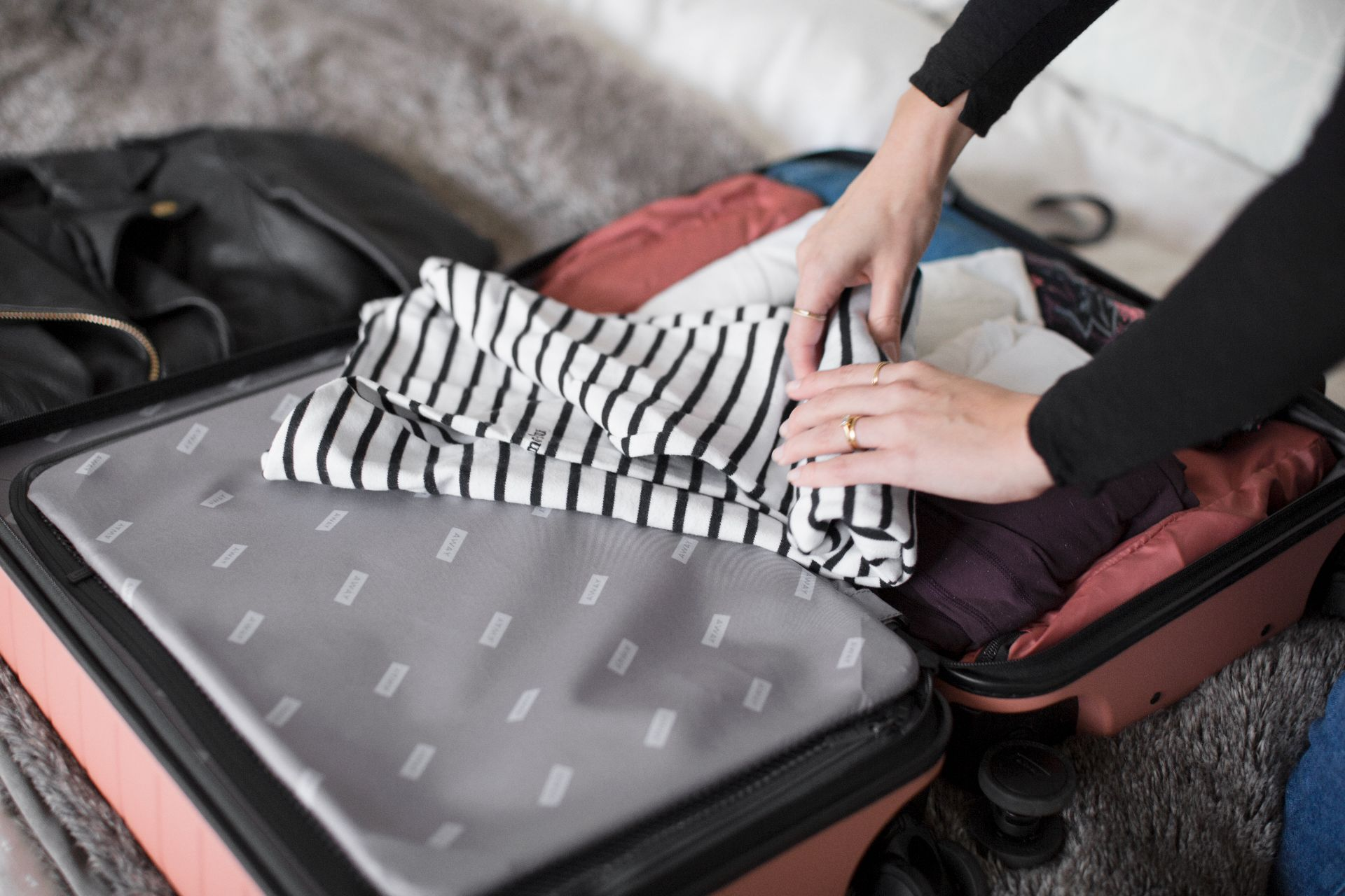 theannaedit-packing-for-athens-away-rashida-jones-october-2017-5