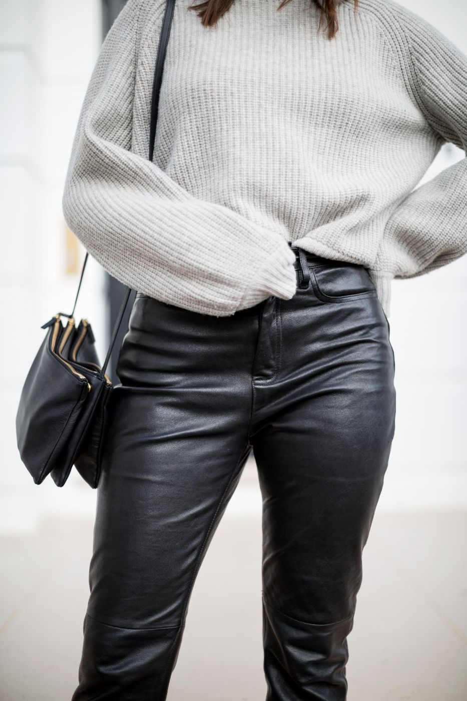 theannaedit-leather-trousers-mango-day-to-night-dressing-fashion-january-2018-5
